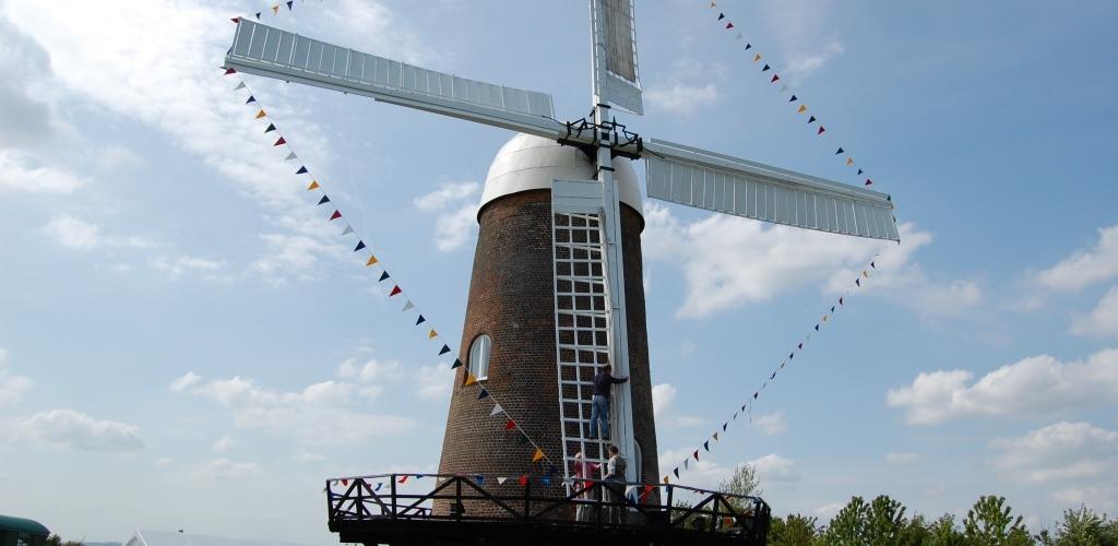Wilton Windmill - setting the sails